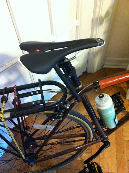 joes-bicycle-painting-and-carbon-solutions-5dd1f404d3b0b