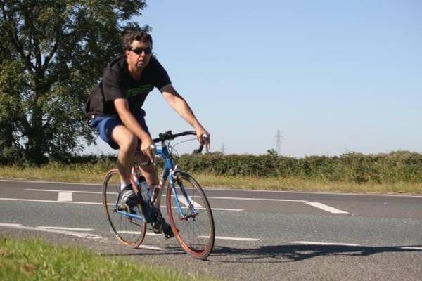 road-bicycle-seat-position-5dd1f41dbb3ba
