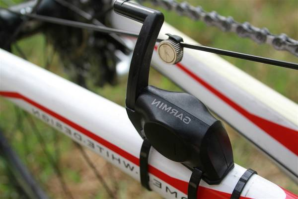 speed-cadence-bicycle-sensor-5dd2ae93bfd84